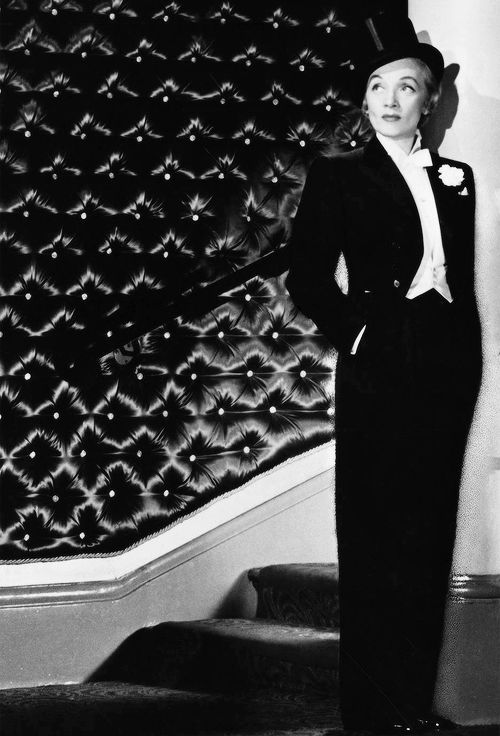 Marlene Dietrich photographed by John Engstead, 1953