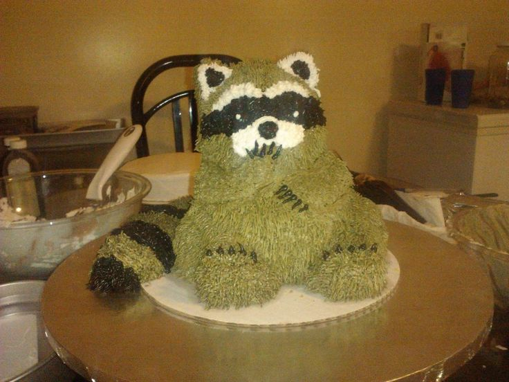 coon hunting wedding cakes   Pin Raccoon Cake Made For A Boy That Liked To Go Coon Hunting Cake on ...