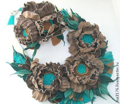 """Кожаный браслет""""Сказка""""Кожаные цветы.Цветы из кожи - бежевый,коричневый"""