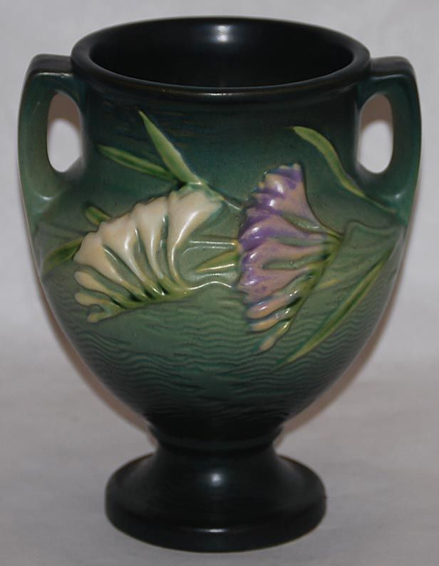 Roseville Pottery Freesia Green Vase 196-8