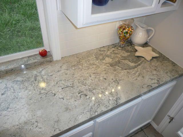 Granite White Piracema White Beaches Wave Wanted Dark