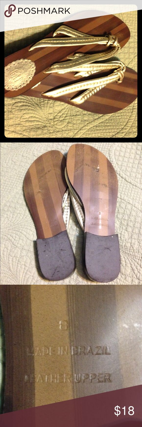 Gap Metallic Gold Thong Flip Flops These just say summer 😎 very gently used, nice metallic gold leather uppers GAP Shoes Sandals