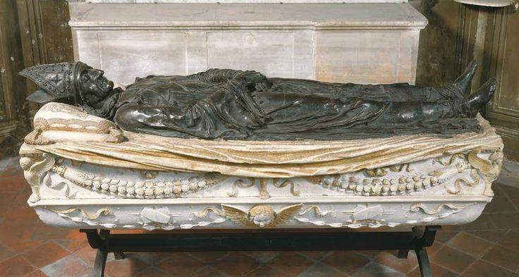 Веккьетта. Sepulchral Monument of Pietro Foscari 1480 г. Marble, bronze Santa Maria del Popolo, Rome.