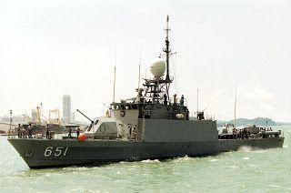 KRI Singa (651)
