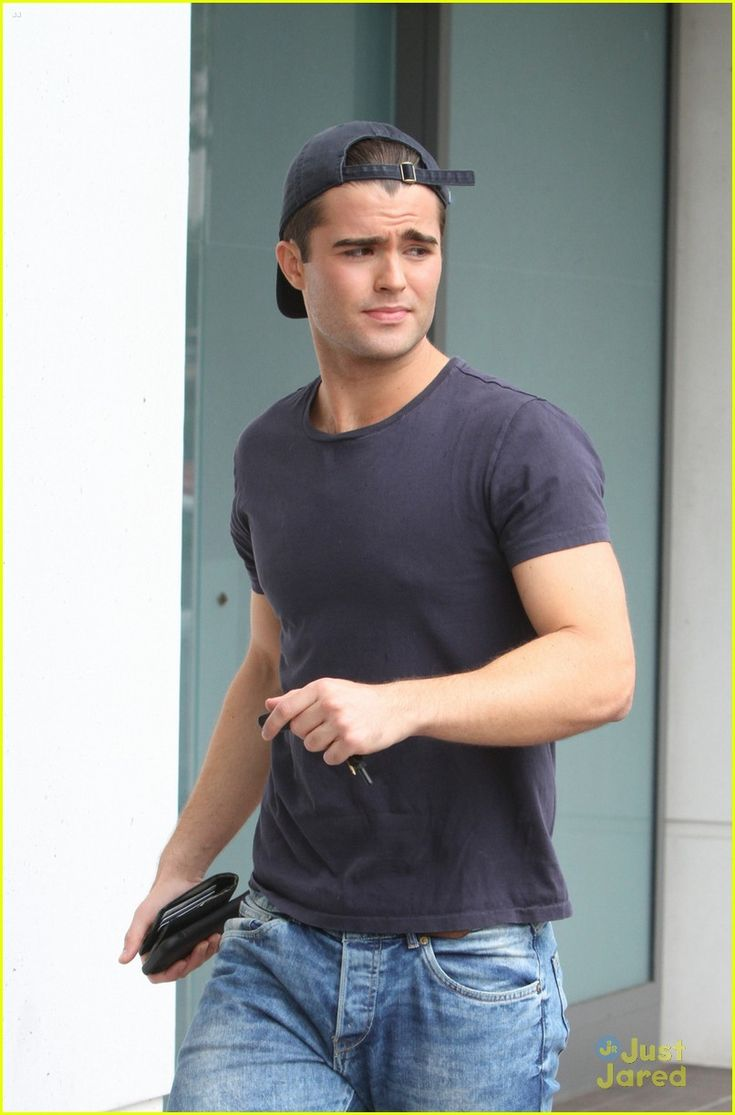 Spencer Boldman Books A 'Cruise' After His Bionic Days End | Photo ...