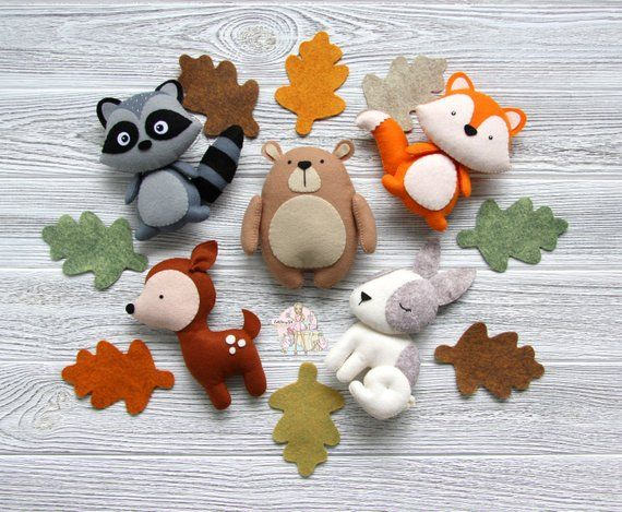 Woodland nursery decor Felt woodland animals Forest animals Baby room decor Christmas decoration Felt animals ornaments Baby mobile