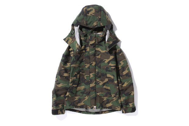 A Bathing Ape WOODLAND CAMO GORE-TEX SHORT SNOWBOARD JACKET | Hypebeast Mobile
