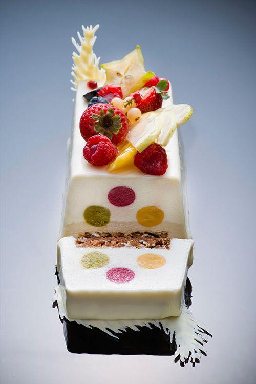 ssspyr: 東京マリオットホテルのクリスマスケーキ&ブレッド、とろける球体のチョコレートケーキなど - 写真4 |...