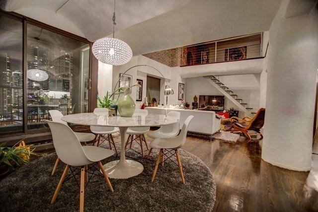 Living Room in nice Chicago loft