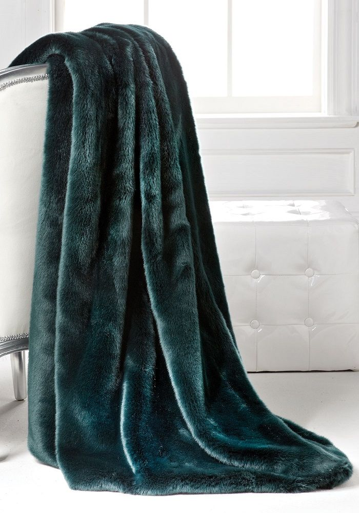 Luxury Fashion Designer Couture Dark Emerald Mink Faux Fur Throw, Life Like  Animal Fur Blankets