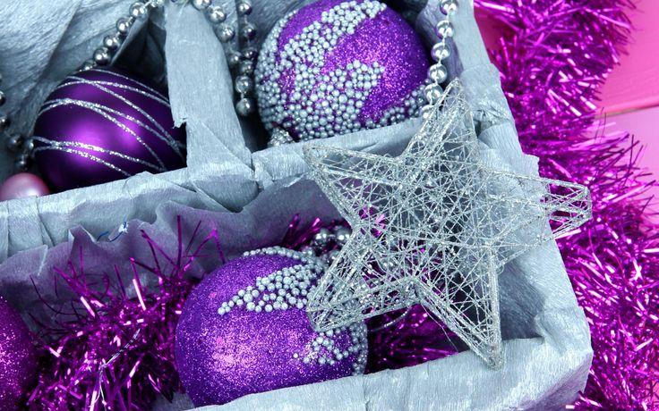 Скачать обои шары, шарики, фиолетовые, сиреневые, раздел новый год в разрешении 1680x1050