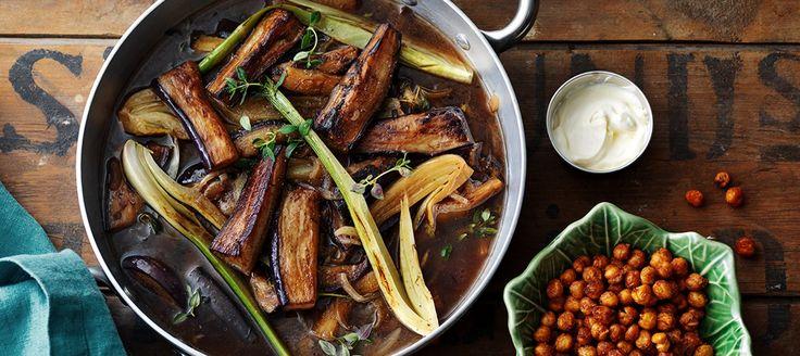 Auberginegryta med fänkål och rostade kikärter - Recept - Arla