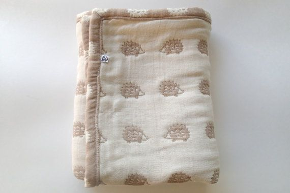 Hedgehogs blanket brown / off-white blaket baby blanket by AYU123