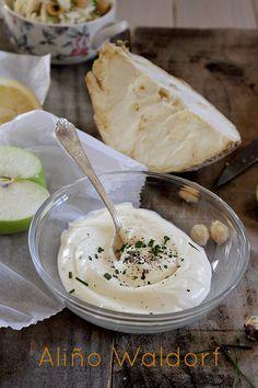 LAS SALSAS DE LA VIDA: Aliño Waldorf para ensalada de manzana y apio rallado, también para ensalada de pasta