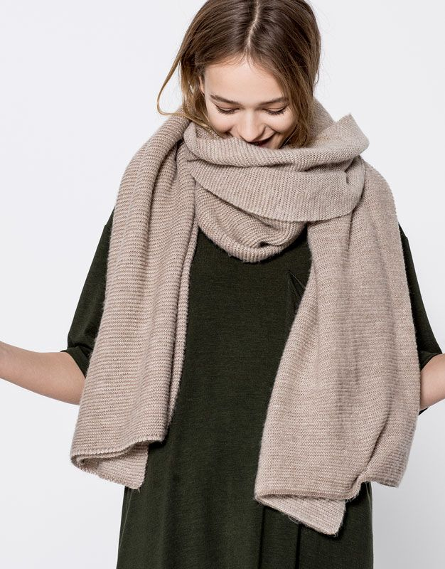 Links scarf - Accessories - New - Woman - PULL&BEAR Portugal