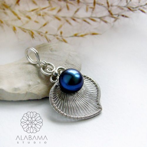 ALABAMA - Blue pearl - srebrny wisiorek z perłą  #polandhandmade, #alabama, #wirewrapping, #pendant, #pearl, #christmas, #gift, #white