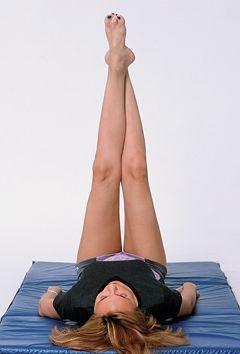 むくみを放っておくと、痩せにくい体質になってしまうかも。面倒な運動は続かない…という方は、5分でできる簡単エクササイズを試してみませんか?