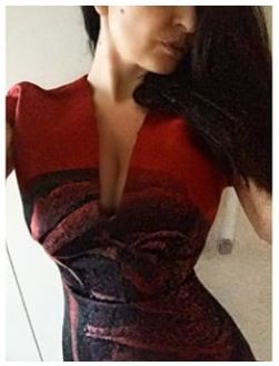 @VittoriaMelchioni beautiful in #giambattistavalli red dress.   Rent it on drexcode