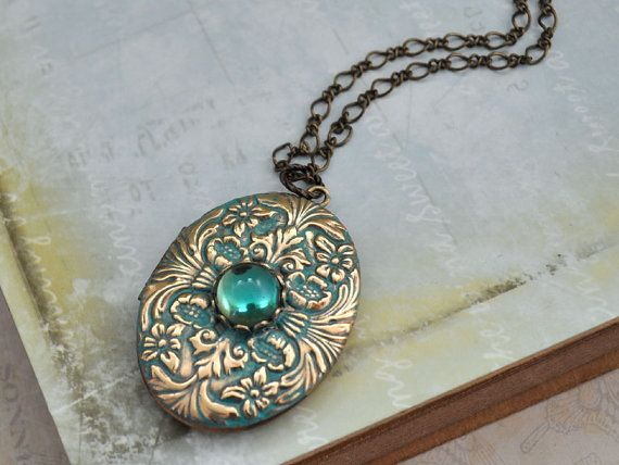 ENCHANTED vintage 70s brass locket necklace with vintage Swarovski glass cabs