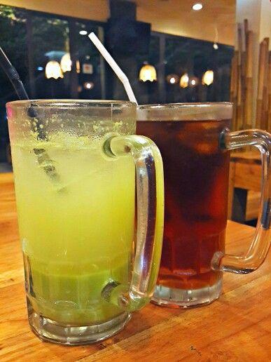 Jus kedondong dan es teh. #Drink#Indonesia