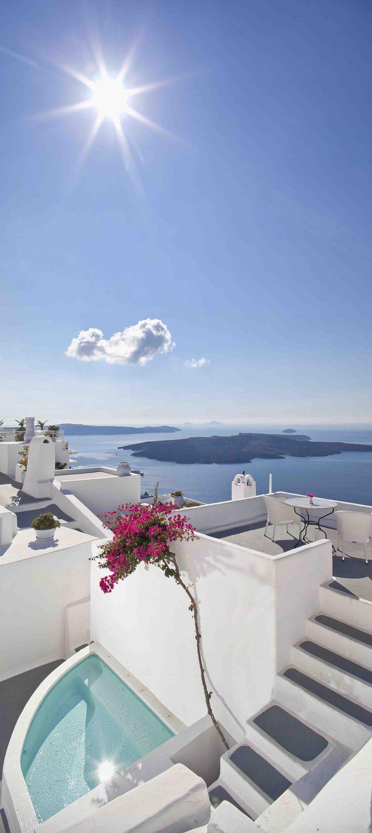 CLIFF SIDE SUITES SANTORINI  http://www.cliffside.gr