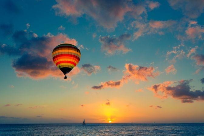 VIELSER: I dag kan man blive gift på alle tænkelige måder for eksempel i naturen eller helt oppe under himlen i en luftballon.