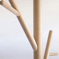 top3 by design - DesignByThem - Sarah + Nick - stem tree coat stand natural