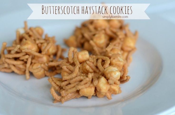 Butterscotch Haystack Cookies:  SUPER easy no-bakes, and so yummy!!  {simplykierste.com}