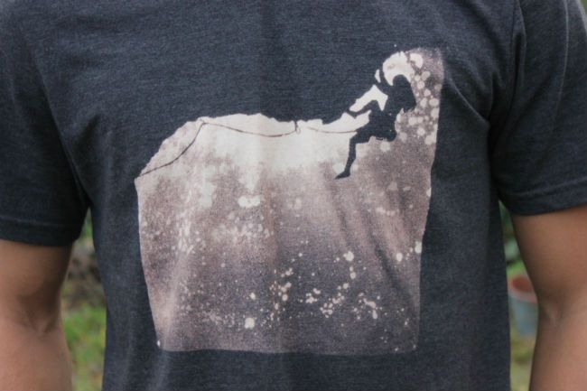 Sew Country Chick- Handmade Style: Bleached Stencil T Shirt Tutorial