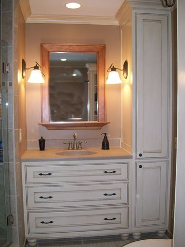 Best 25 single sink vanity ideas on pinterest master for Custom bathroom cabinets
