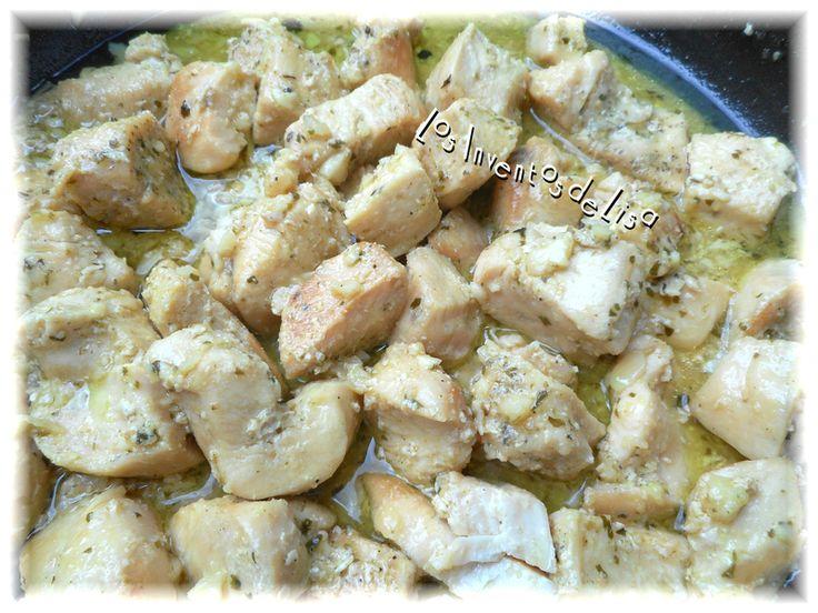 Esta receta de pollo es la favorita en casa,   la preparo semanal y la acompañamos con arroz ,   viandas, tostones etc.     Acá en el blo...