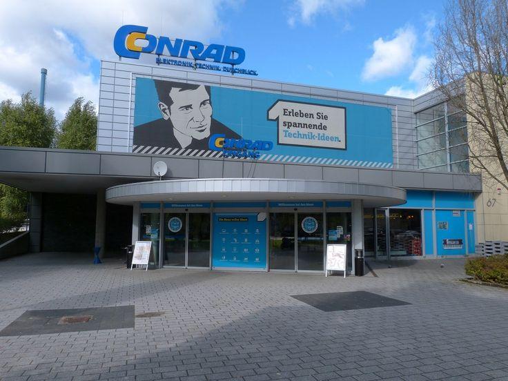 Германия - Продается магазин электроники в Гамбурге в районе Вандсбек.  Магазин 2002 года постройки, 4749 м2, на участке 9850 м2, с 337 местами на парковке  Единственным арендатором  выступает Conrad Electronic, с договором аренды до  2024 года. В субаренде есть еще небольшая булочная - одноэтажное здание, которое состоит из торгового зала, технических и складских помещений.  Цена: 13 000 000 евро #инвестициивгерманию, #недвижимостьвгермании, #бизнесвГамбурге, #инвестициивГамбург, #Гамбург