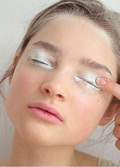 .silver eye shadow anyone? apply below the eyes too!