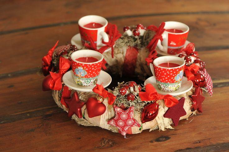 """Adventskranz - Origineller Adventskranz """"Espresso-Tassen"""" rot - ein Designerstück von Vintage-Romance bei DaWanda"""