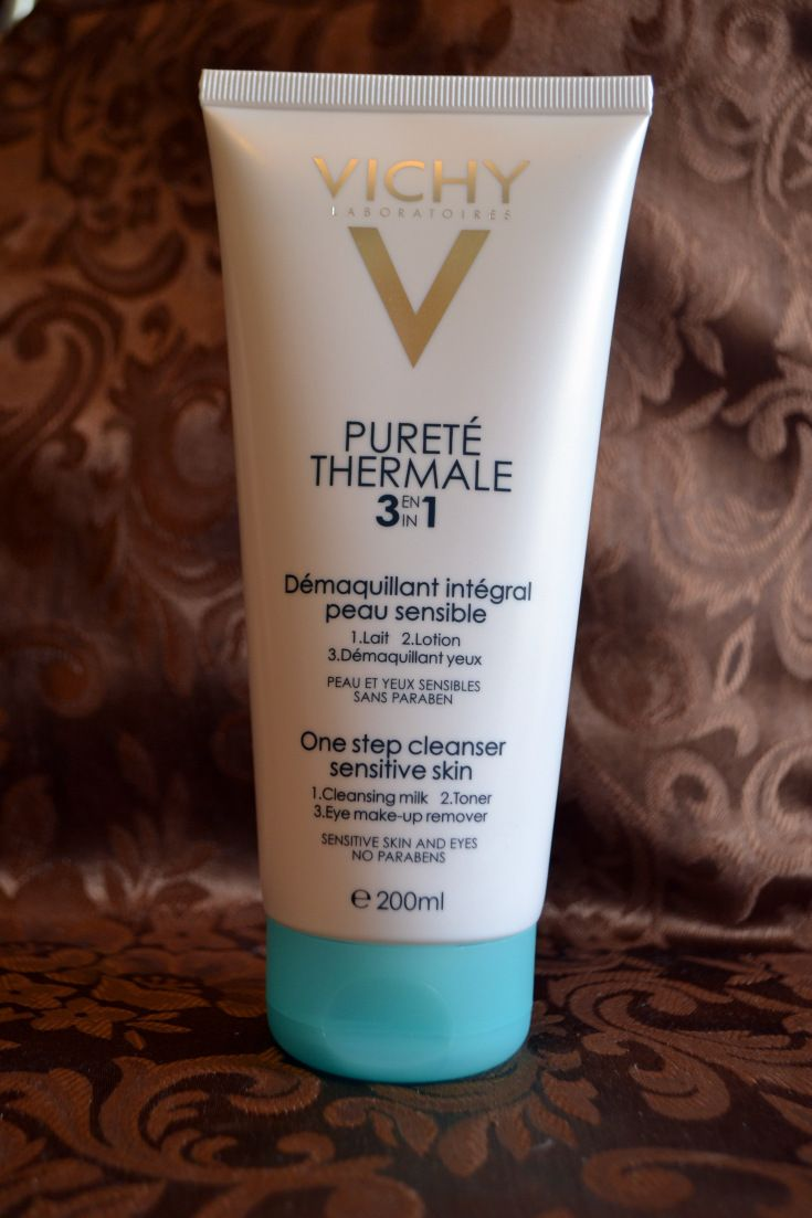 Review day today: Vichy Purete Thermale demachiant 3 in 1 | Diana.Elena.Stoica