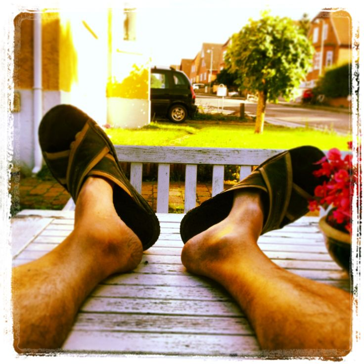 Feet up. Chin up. :-)