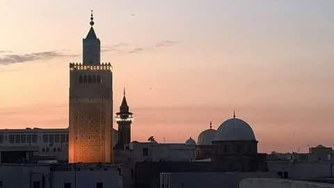 حرب إسترداد طرابلس و هي حرب خاظتها الدوله التونسيه الحسينيه بأمر من حموده باشا الحسيني على مملكة طرابلس ليبيا حاليا بعد Willis Tower Landmarks Building