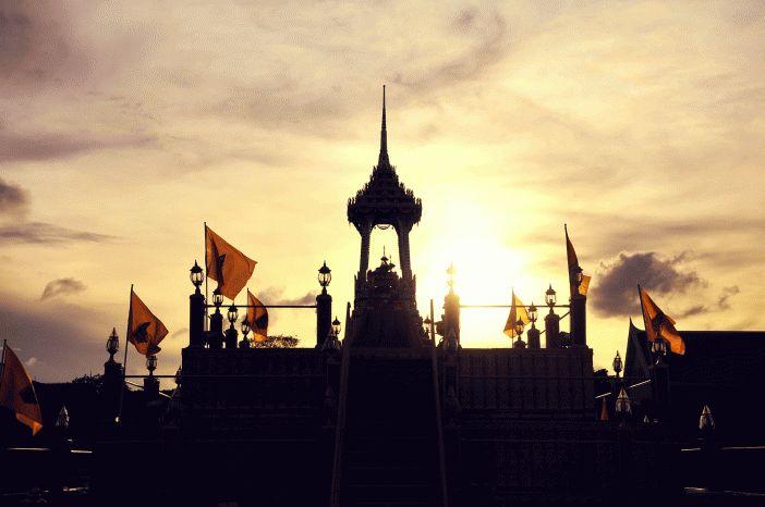 bangkok palace http://www.solcerqueiro.com.ar