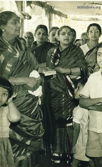 M. S. Subbulakshmi and D K Pattammal singing together for an Oonjal ceremony at a wedding - 1960s/70s