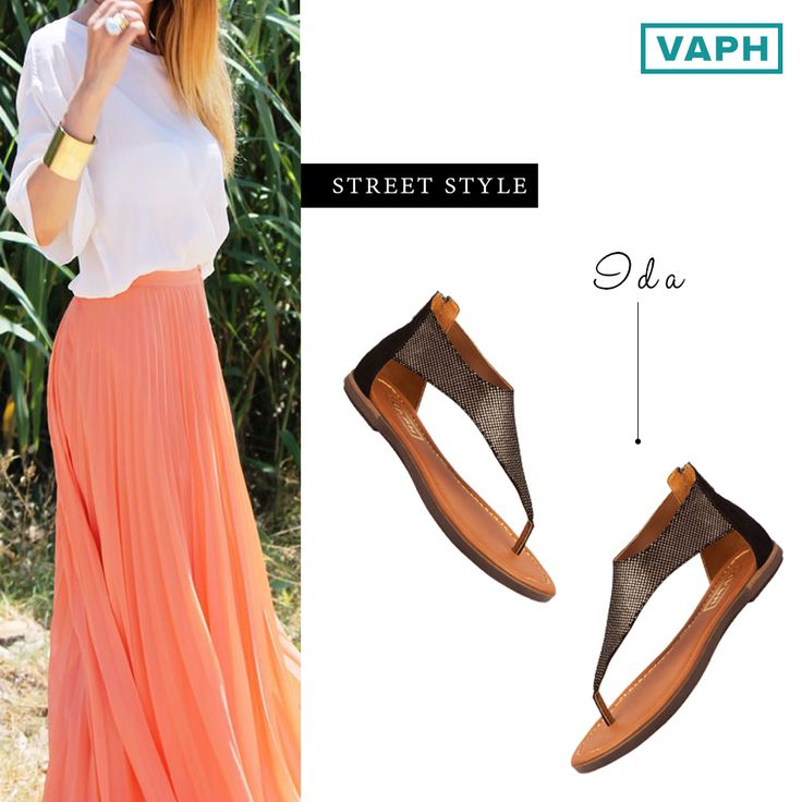 This pair of classy sandals styles well with soft, flowy skirts. A fresh look for those serene sunsets.