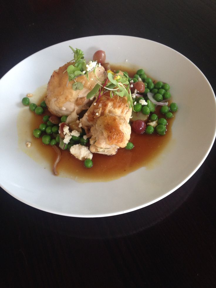 Chicken Breast stuffed with Ricotta, Pinenuts and Spinach with Galliano and Honeyed Grapes  for a Wedding  Www.deluxecuisine.co.nz