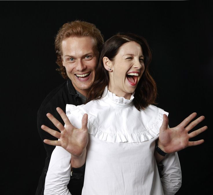 Here are some NEW/OLD pics of Sam Heughan and Caitriona Balfe from the LA Times Source