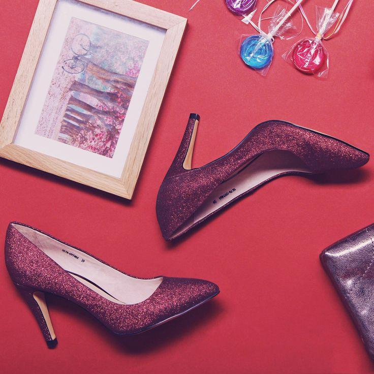 👠Элегантные лодочки бордового оттенка с эффектом глиттер✨ идеально подойдут для первого свидания 🌹 Арт:SS75-097454/6 #respectshoes #iloverespect #shoes #ss17 #shopping #обувьреспект #шоппинг #мода #весна #веснавrespectshoes