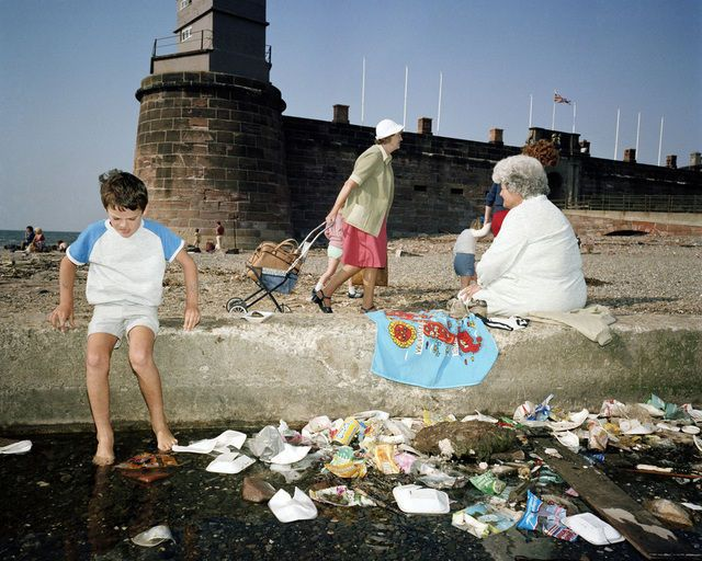 Martin Parr . the last resort # 35, 1983-85