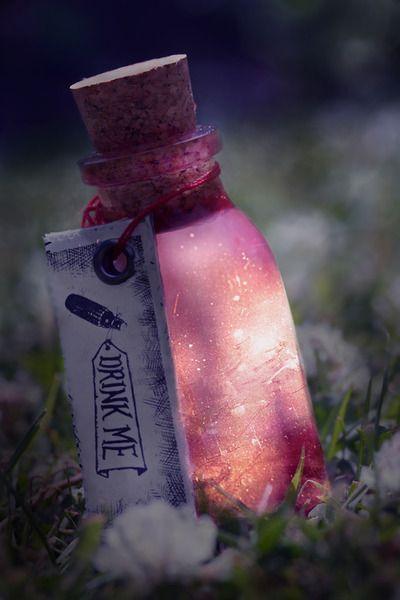magic potion.: Glow Sticks, Wonderland Parties, Rabbit Hole, Idea, Alice In Wonderland, Drinks Me, Jars, Aliceinwonderland, Go Ask Alice