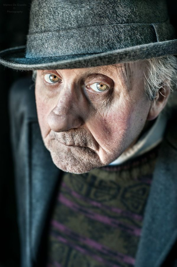 Vintage Man. by Matthew ( PH ). Old man, cute face, intense eyes, expression, powerful face, wrinckles, a face that have lived, beauty, portrait, photo