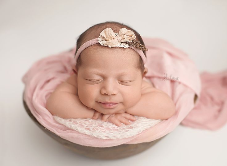 Studio newborn photography by nikki lenae photography www nikkilenae com nikki lenae photography