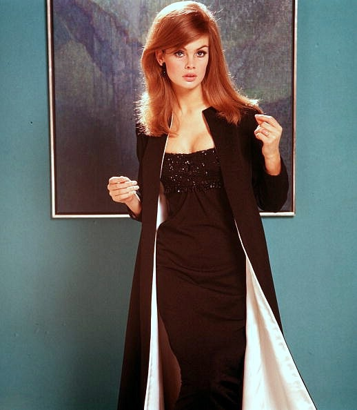 ...beautiful red headed Jean Shrimpton, 1965