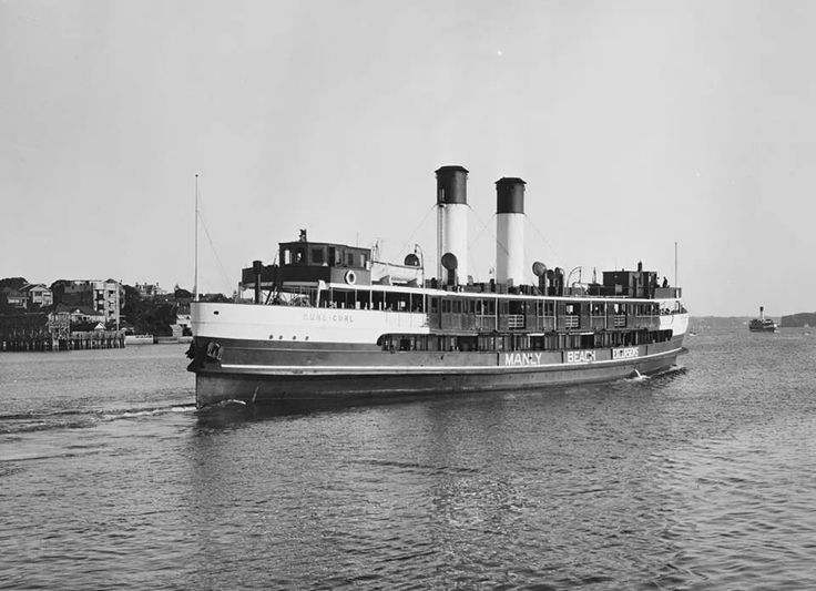 The Ferry Curl Curl leaves Manly Wharf on it way back to circular Quay in Sydney. Photo from NSW State Archives. v@e