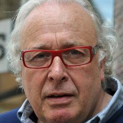 Mart Smeets. straatportretfoto | Portret foto van bobbley | Zoom.nl